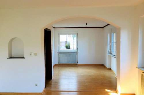 """3,5 Zimmer Wohnung in einem Zweifamilienhaus Thalgau """"Gemütlichkeit"""""""