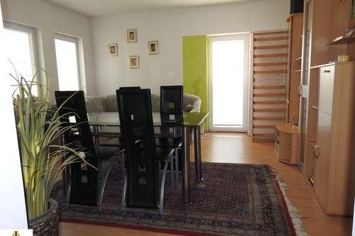 Kleines, entzückendes Haus mit Garten in Grund zu mieten! 8,1 km von Hollabrunn entfernt!