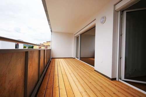 Wunderschöner Erstbezug, 2 Zimmer Wohnung 72 m² inkl. BK € 719, -