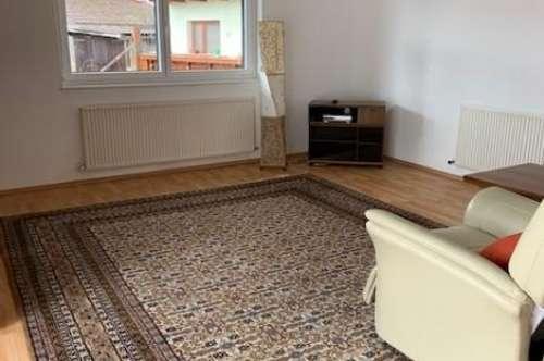 Ruhig, ganz ruhig und gelassen 3-Zimmer-Wohnung mit Südterrasse in Hötting für Paare und oder Singles
