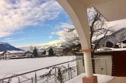 Terrassenwohnung mit Arkaden für Singles in Birgitz, sofort zu beziehen