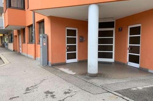 Vielseitig einsetzbare Gewerbeimmobilie ca. 30 m2 mit Toilette und Garage auf Wunsch