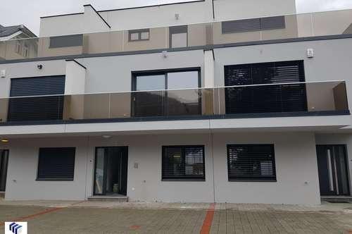 Neubau Reihenhaus, 5 Zimmer, Balkon, Terrassen, 2 Parkplätze