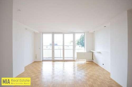 """""""ITZLING - Sonnige Wohnung mit Balkon und TG-Stellplatz"""""""