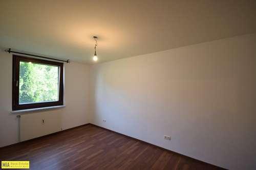 """""""ELSBETHEN - Geräumige 2 Zimmer Wohnung mit Balkon und Carport"""""""