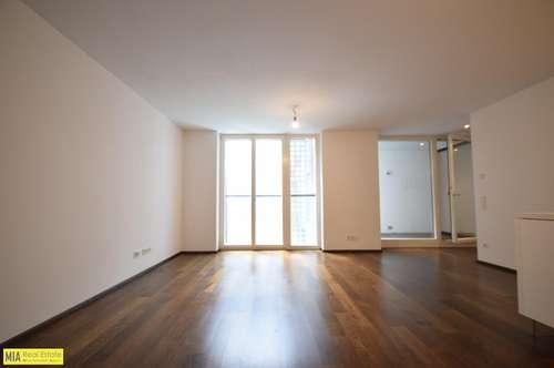 """""""RECHTE ALTSTADT - Moderne 3 Raum Wohnung mit kleiner Terrasse"""""""