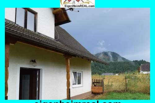 Kleines Althaus zum Sanieren samt Werkschuppen und viel Grund in ruhiger Dorflage
