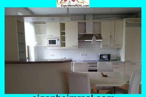 Großzügige 3 Zimmer-Wohnung, familienfreundlich, WG geeignet
