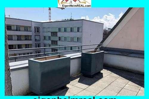 Schön möblierte, zentral gelegene 2 Zimmer-Stadtwohnung mit großer Dachterrasse