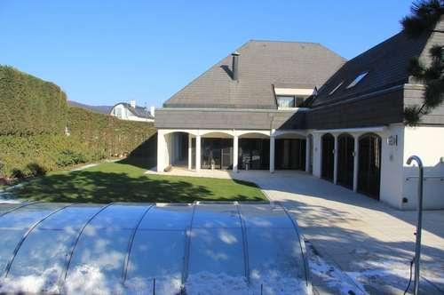 Cottage-Villa mit Indoor- und Outdoor-Pools in Perchtoldsdorf