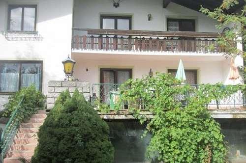 Auch als Gasthaus: Landhaus im Skiort, mit Blick auf Berg Gastein