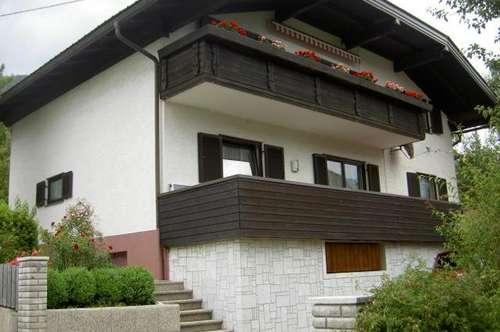 1A-Wohnhaus mit sonnigem Ausblick in Weißenstein!