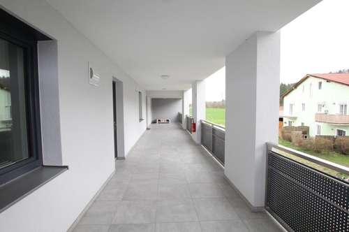 3 Zimmer mit Balkon und Blick auf die Krems