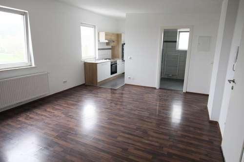 Tolle 2 Zimmer Wohnung mit Küchenzeile