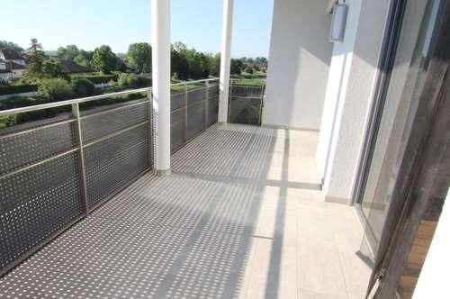 Wunderschöne 3 Zimmer Wohnung mit Blick auf die Krems mit umwerfenden Balkon