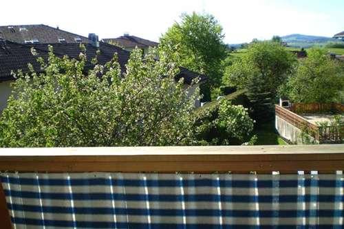 Sonnige 2 Zimmerwohnung mit Balkon und Tiefgarage