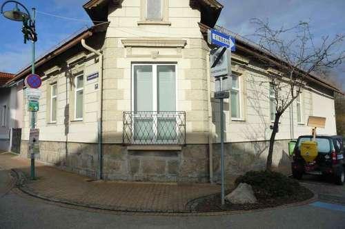 Einfamilienhaus im Zentrum von Berndorf (Beginn Fußgängerzone)