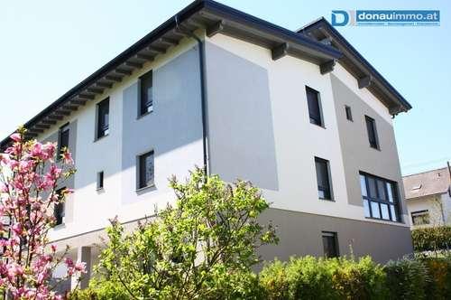 Moderne Doppelhaushälfte mit 180 m2 Wohnfläche in Ruhelage