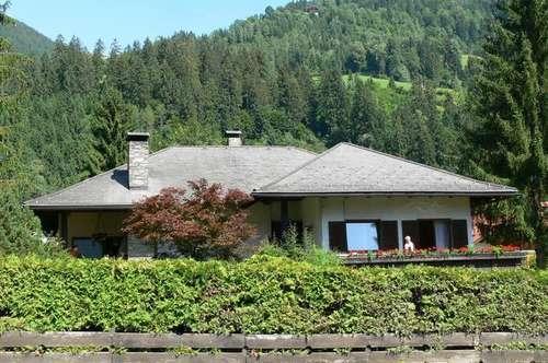 Großzügiges Haus in sonniger, ruhiger Lage