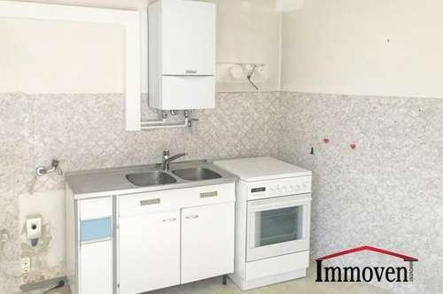 Sanierungsbedürftige Wohnung mit guter Raumaufteilung in U-Bahn-Nähe