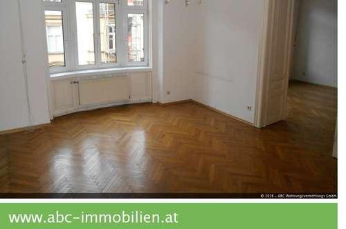 Zentral begehbare 2,5 Zimmer Altbaumiete im Jugendstilhaus