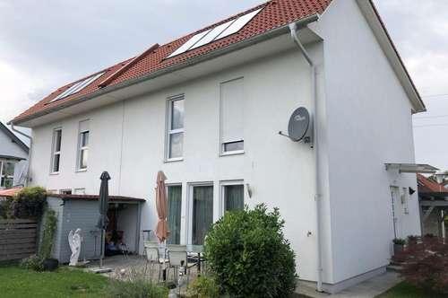 Doppelhaushälfte zum Mieten, Niedrigstenergie!