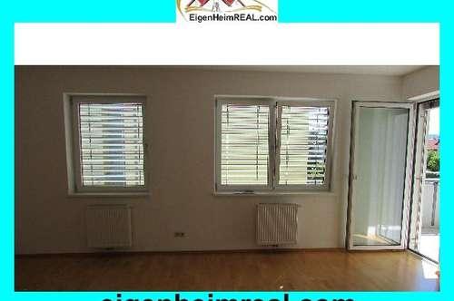 Sehr schöne, helle 3,5 Zimmer-Wohnung mit Balkon in äußerst gepflegter Wohnanlage