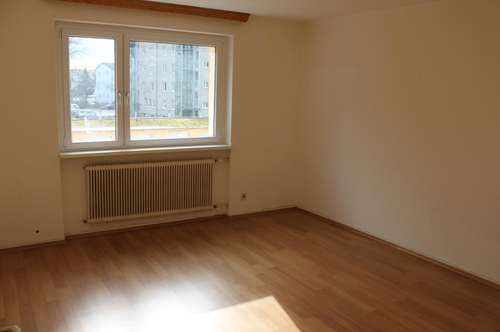 Nette 34 m² Garconniere mit Küche - Nähe Infra Center