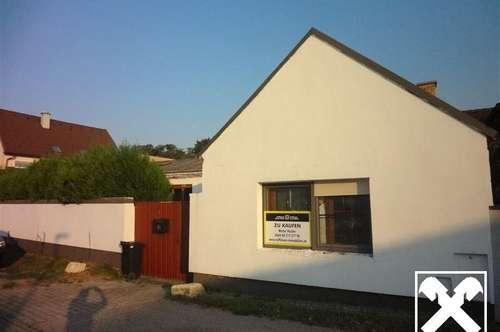 Kleines sanierungsbedürftiges Haus mit Innenhof in Trausdorf nahe Eisenstadt!