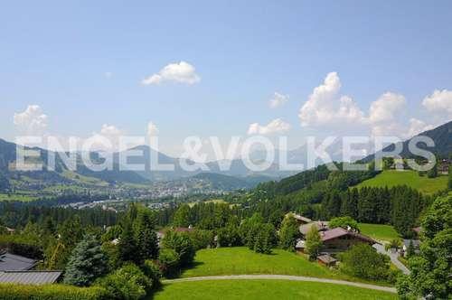 W-026X5T Grundstück mit Blick auf Kitzbühel zum Kaisergebirge