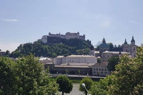 Salzburg/Steingasse: Tolle 4-Zi.-DG-Whg mit Festungsblick, offenem Kamin und Pkw-Stellplatz am Mozartsteg