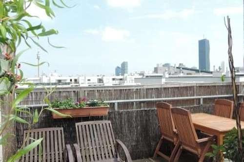 Hochwertige Dachterrassenwohnung - flexible Aufteilung, traumhafter Fernblick, Whirlpool am Dach