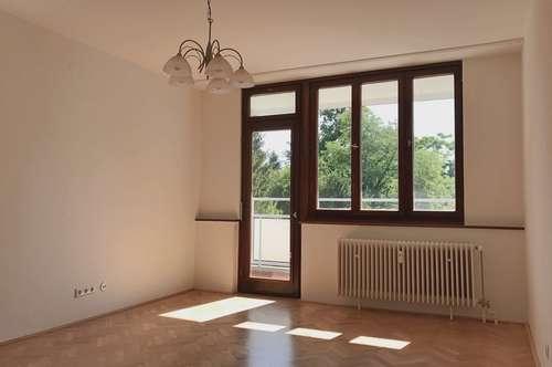 Wunderschöne 3-Zimmer Wohnung mit privatem Parkplatz (Provisionsfrei)
