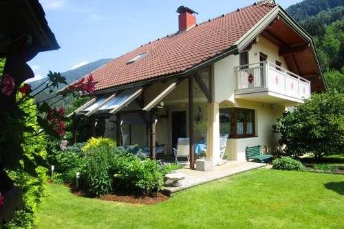 Idylle pur in Feld am See - großzügiges Wohnhaus mit traumhaftem Garten