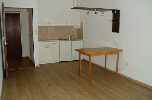 44 m2 2-Zimmer Wohnung für Pärchen in KFU Nähe
