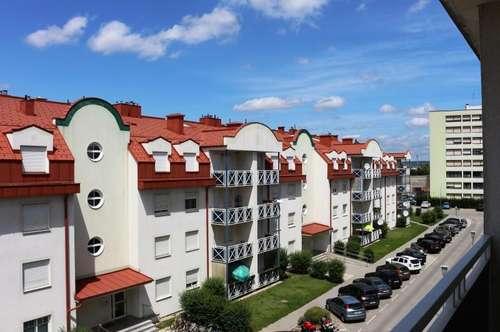 Entzückende Familienwohnung! Sehr helle 3-Zimmer mit Balkon und Garagenplatz! Nahe dem Bahnhof Gänserndorf!!!