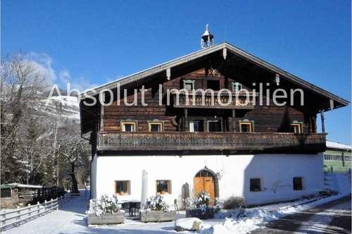 RARITÄT! Historisches, komplett renoviertes Bauernhaus, mit unverbaubarem Blick auf das Salzachtal.