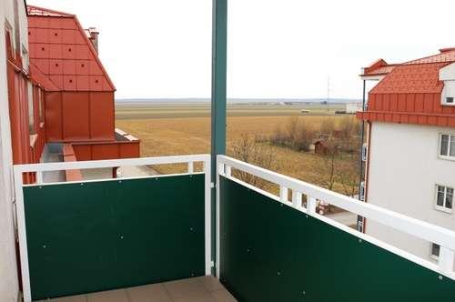 Gepflegte Wohlfühlwohnung mit 3 Zi und Balkon zentral begehbar; inkl. Garagenplatz im Eigentum! Nur 10 Min. bis zum Bahnhof!
