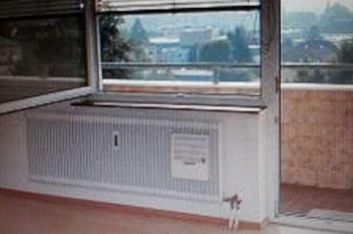 Sonnige 65m² Wohnung in Wels im 6.Stock mit Balkon