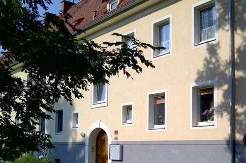 Gemütliche und schöne 3 Zimmerwhg. mit neuer Küche inkl. Geräte - sonnig & ruhig - provisionsfrei!
