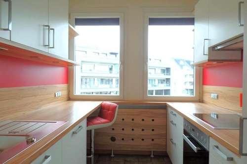 Sanierte, einladende und top ausgestattete 3-Zi-Whg. inkl. moderner Küche und TG-Platz nahe Unionkreuzung!