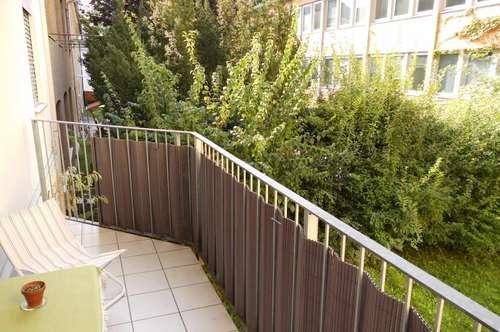 Zentral, Balkon für Single oder Pärchen