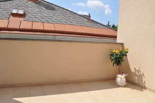 PROVISIONSFREI: schöne 3 Zimmerwohnung mit großer Terrasse