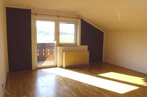 Helle, ruhige 3-Zimmer-Wohnung in Neumarkt mit herrlichem Ausblick - zur Miete