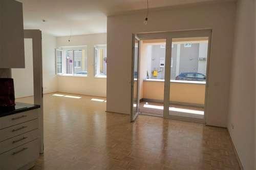 1-Zimmerwohnung in sehr zentraler Lage mit Loggia