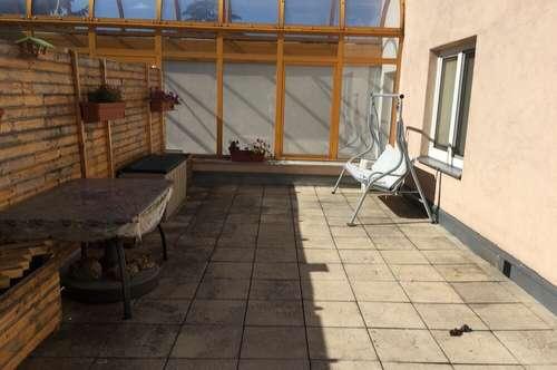 Privat Wohnung mit 30m2 Terrasse