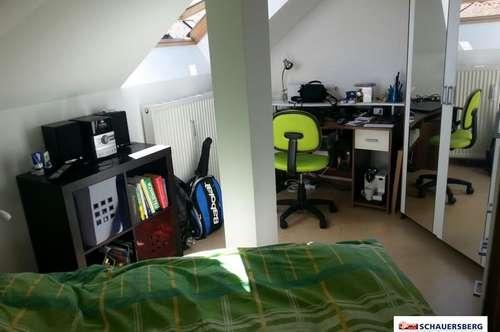 Schöne Kleinwohnung mit 1 Zimmer!