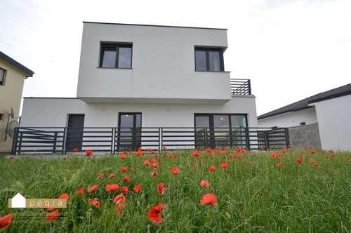 Modernes Einfamilienhaus mit 4 Schlafzimmer und 3 Badezimmer samt großem Garten, provisionsfrei