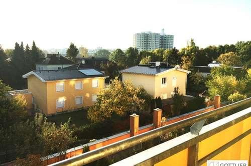 U6-Nähe! Sonnige 3-Zimmer-Wohnung mit Loggia und Grünblick
