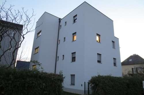 8054 Graz: Hübsche 2-Zimmer Wohnung mit Balkon